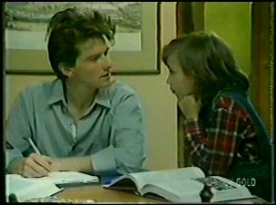 Danny Ramsay, Lucy Robinson in Neighbours Episode 0085