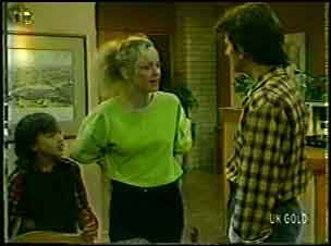 Lucy Robinson, Wendy Gibson, Danny Ramsay in Neighbours Episode 0086