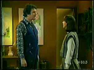 Max Ramsay, Maria Ramsay in Neighbours Episode 0090