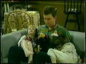 Susan Langdon, Des Clarke, Rodney Langdon in Neighbours Episode 0090
