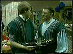 Scott Robinson, Wally Walters in Neighbours Episode 0091