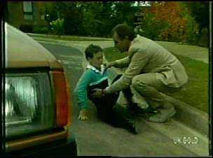 Bernie Sutton, Jim Robinson in Neighbours Episode 0092