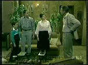 Bernie Sutton, Bob Sutton, Jan Sutton, Jim Robinson in Neighbours Episode 0092