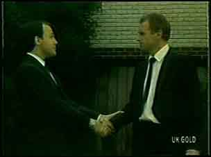 Bob Sutton, Jim Robinson in Neighbours Episode 0093