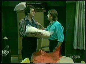 Max Ramsay, Shane Ramsay in Neighbours Episode 0093
