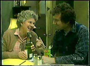Edith Harris, Max Ramsay in Neighbours Episode 0094