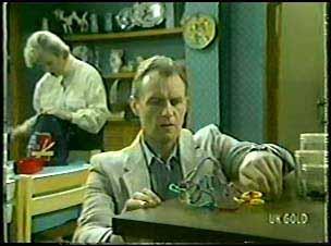 Helen Daniels, Jim Robinson in Neighbours Episode 0094