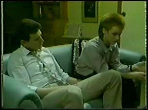 Des Clarke, Joan Langdon in Neighbours Episode 0095