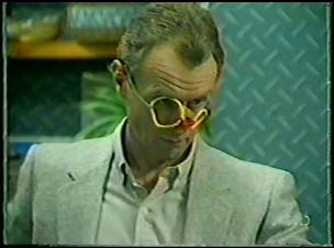 Jim Robinson in Neighbours Episode 0095