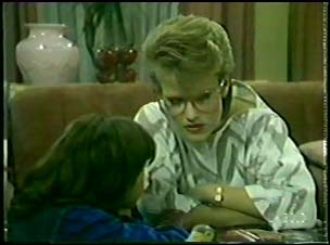 Lucy Robinson, Daphne Clarke in Neighbours Episode 0095