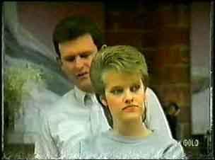Des Clarke, Daphne Clarke in Neighbours Episode 0096