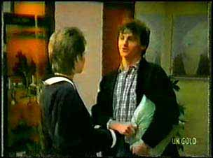 Daphne Lawrence, Danny Ramsay in Neighbours Episode 0096