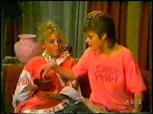Terry Inglis, Daphne Lawrence in Neighbours Episode 0096