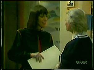 Maria Ramsay, Helen Daniels in Neighbours Episode 0103