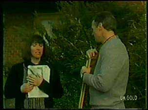 Maria Ramsay, Jim Robinson in Neighbours Episode 0104
