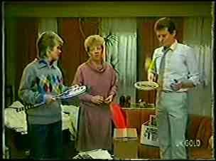 Daphne Clarke, Eileen Clarke, Des Clarke in Neighbours Episode 0105