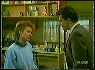 Joan Langdon, Des Clarke in Neighbours Episode 0105
