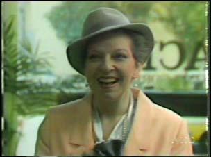 Eileen Clarke in Neighbours Episode 0106