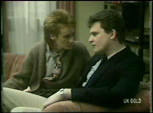 Joan Langdon, Des Clarke in Neighbours Episode 0106