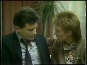 Des Clarke, Joan Langdon in Neighbours Episode 0106
