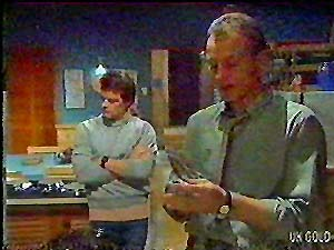 Paul Robinson, Jim Robinson in Neighbours Episode 0107