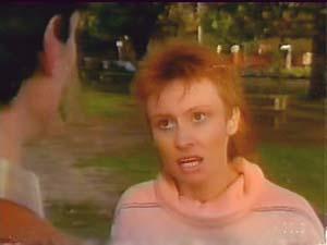 Geoff Langdon, Joan Langdon in Neighbours Episode 0108