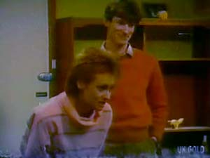 Joan Langdon, Geoff Langdon in Neighbours Episode 0108