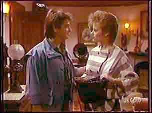 Shane Ramsay, Daphne Clarke in Neighbours Episode 0109