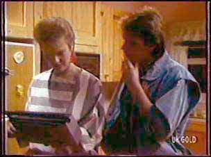 Daphne Clarke, Shane Ramsay in Neighbours Episode 0109