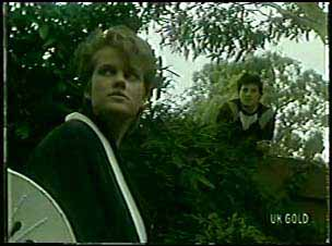 Daphne Lawrence, Colin Adamson in Neighbours Episode 0110
