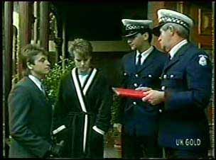 Shane Ramsay, Daphne Lawrence, Const. Wills in Neighbours Episode 0110