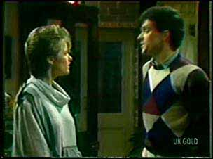 Daphne Clarke, Colin Adamson in Neighbours Episode 0111