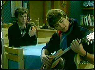 Danny Ramsay, Scott Robinson in Neighbours Episode 0111