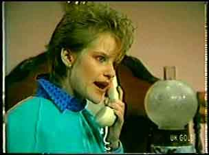 Daphne Lawrence in Neighbours Episode 0112