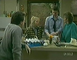 Paul Robinson, Terry Inglis, Des Clarke, Daphne Clarke in Neighbours Episode 0113