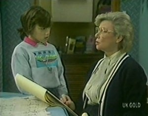 Lucy Robinson, Helen Daniels in Neighbours Episode 0113