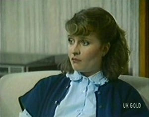 Julie Robinson in Neighbours Episode 0113
