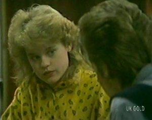 Rachel Burns, Daphne Lawrence in Neighbours Episode 0115