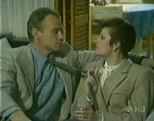 Jim Robinson, Amy Medway in Neighbours Episode 0115