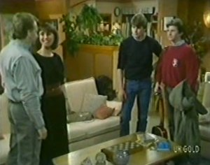 Richard Morrison, Maria Ramsay, Scott Robinson, Danny Ramsay in Neighbours Episode 0115