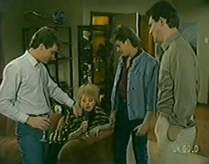 Paul Robinson, Terry Inglis, Shane Ramsay, Des Clarke in Neighbours Episode 0117