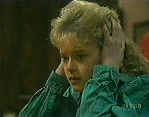 Rachel Burns in Neighbours Episode 0117