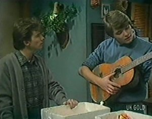 Danny Ramsay, Scott Robinson in Neighbours Episode 0118