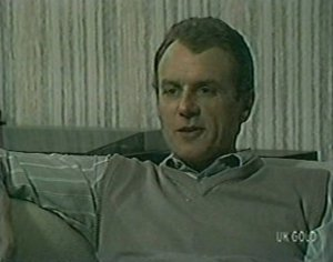 Jim Robinson in Neighbours Episode 0119