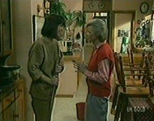 Maria Ramsay, Helen Daniels in Neighbours Episode 0120