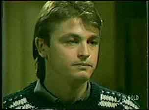 Shane Ramsay in Neighbours Episode 0121