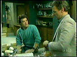 Paul Robinson, Jim Robinson in Neighbours Episode 0122