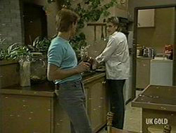 Clive Gibbons, Shane Ramsay in Neighbours Episode 0219