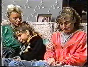 Helen Daniels, Hannah Martin, Debbie Martin in Neighbours Episode 1783