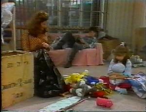 Julie Robinson, Michael Martin, Hannah Martin in Neighbours Episode 1825